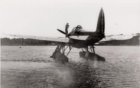 1940 hydravion 1 compressee